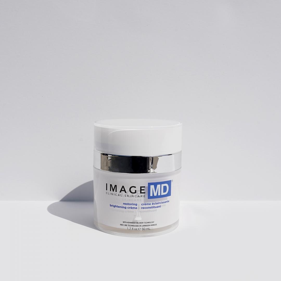 MD RESTORING BRIGHTENING CREME IMAGE Skincare VIVE huidtherapie Beste creme voor pigmentvlekken