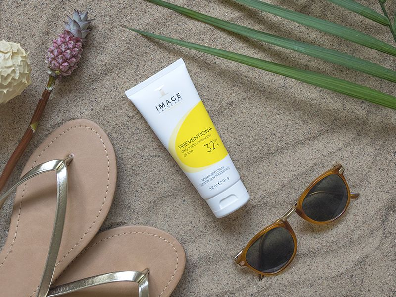 Prevention + Daily Matte Moisturizer SPF 32 IMAGE Skincare VIVE Huidtherapie | dagcreme acne